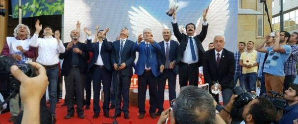 10 Ekim'de Yitirdiklerimiz İçin Adana'da Barış Anıt'ı Açıldı!