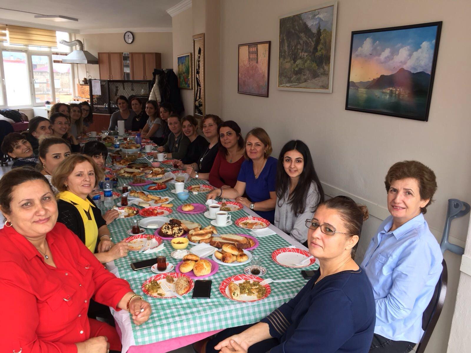 TÜM BEL-SEN KADIN MECLİSİ 11-12 KASIM'DA MARDİN'DE BULUŞUYOR